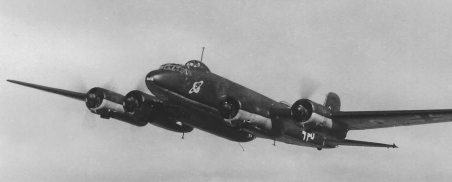 Focke_Wulf_Fw200_C-1_im_Flug_900